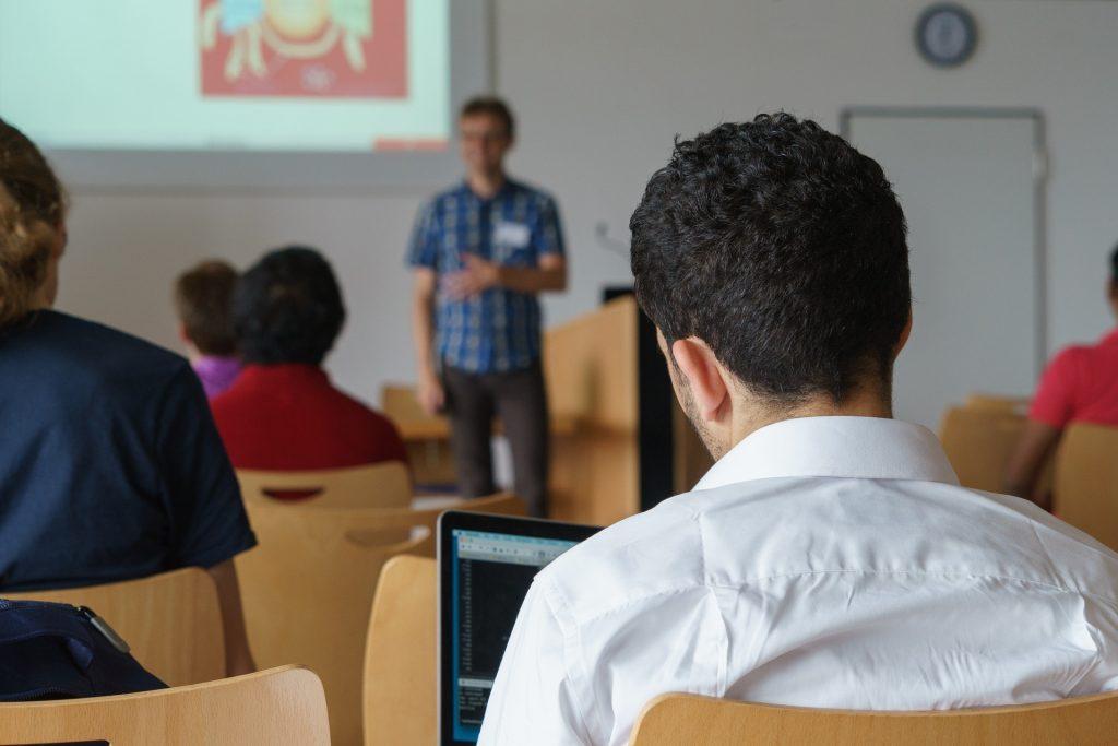 Weiterbildung & Seminare im Lebenslauf